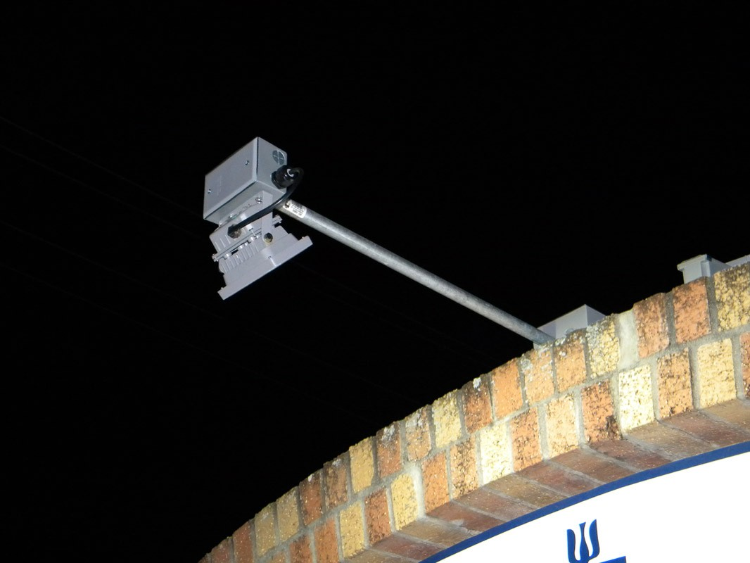 SIGN LIGHTING SYSTEM - (2) 10 WATT LED FLOODLIGHTS (2) 85 WATT PV MODULES (2) 97 AH BATTERIES ... & LIGHTING SYSTEM - (2) 10 WATT LED FLOODLIGHTS (2) 85 WATT PV ... azcodes.com