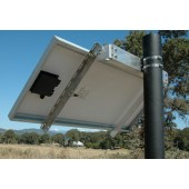 """IRONRIDGE SIDE OF POLE MOUNT FOR MODULES UP TO 27.0"""" WIDE, UNI-SP/01A"""